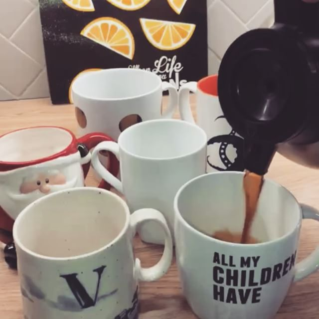 When life gives you lemons, you toss them aside and grab the coffee! Happy #InternationalCoffeeDay everyone! At our office, it's coffees all around this morning. How do you take your coffee?
